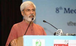 मीडिया का किसीके पक्ष या विरोध में होना न तो आश्चर्यजनक है न ही आपत्तिजनक – राहुल देव 1
