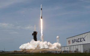'विज्ञान की दुनिया' स्तम्भ में प्रदीप : स्पेसएक्स मिशन के लॉन्चिंग के मायने 1